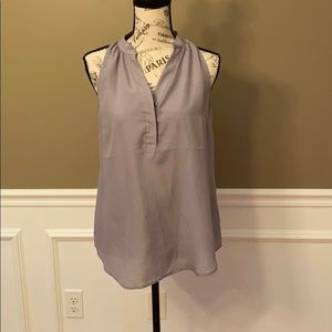NWT grey sleeveless blouse size small